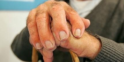 Újabb rendszabályok betartására kötelezték az idősotthonokat