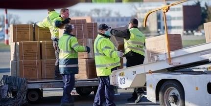 Ötmillió maszk, 140 lélegeztetőgép érkezik szerdán Kínából