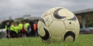 Sárga lap járhat a focistáknak a köpésért