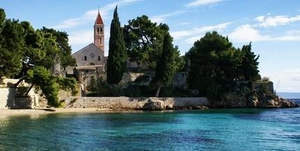 Horvátországnak fontos a turizmus beindítása, de a turisták egészsége is