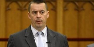 Tovább porlik a Jobbik: Sneider Tamás is távozik