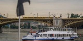 Egy éve veszett oda a Hableány - Hajós megemlékezést tartottak a Dunán