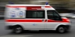 Autók ütköztek a 6-oson, egy utast a tűzoltók szabadítottak ki