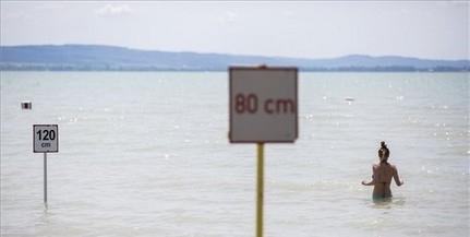 Intenzív esőzés várható a Balatonnál, villámárvizek is kialakulhatnak