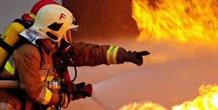Rakodógép lángolt vasárnap délelőtt a Bogádi úton