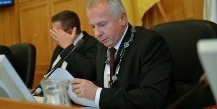 Ismét lemondta fogadóóráját Péterffy Attila