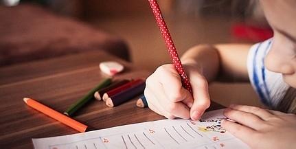 Kötelező lesz október elsejétől az iskolába lépés előtt a testhőmérséklet-mérés