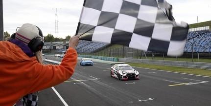 Michelisz Norbi a hatodik helyre vezette a Hyundait a Hungaroringen