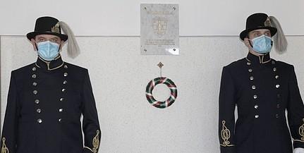 Emléktáblát avattak a megyei rendőr-főkapitányságon