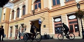 Kárpát-medencei diákokat képeznek majd a pécsi tiszti kaszinó épületében