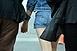 Órákon át fogva tartott szilveszterkor a lakásában egy 14 éves kislányt egy pécsi férfi