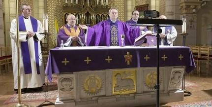 Pécsi püspökké szentelték és beiktatták hivatalába Felföldi Lászlót, az egyházmegye új vezetőjét