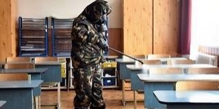 A középiskolákban egyelőre marad a digitális tanrend az operatív törzs javaslata szerint