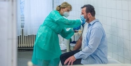 Kétféle vakcina is érkezik kedden Magyarországra