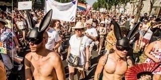 Adományokból összegyűjtött pénzből is parádéznának a homoszexuálisok Pécsett