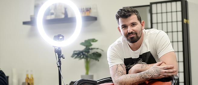Tetoválás nem középiskolás fokon: Magari Kristóf munkái egyre több emberen köszönnek vissza