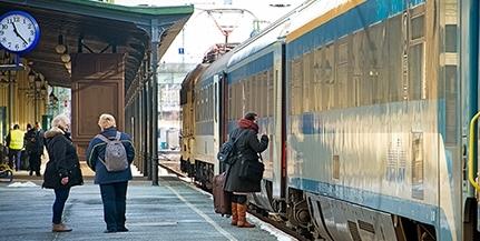 MÁV: új dél-dunántúli összeköttetések jönnek létre, Pécsről könnyebben elérhető a Balaton