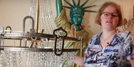 Összeházasodik a csillárjával egy brit nő - Videó!