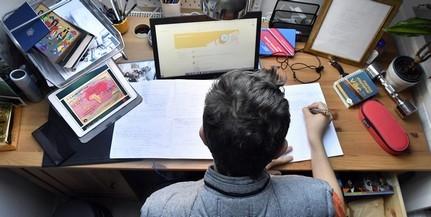 Kezdődnek az érettségik, hétfőn magyarból vizsgáznak