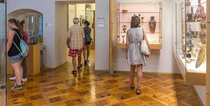 Gazdag kínálattal várja a látogatókat a Janus Pannonius Múzeum