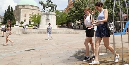 A Széchenyi téren, Uránvárosban és Kertvárosban is felállították a párakaput