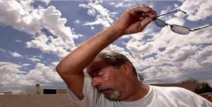 Harmadfokúra emelték a hőség miatti figyelmeztetést