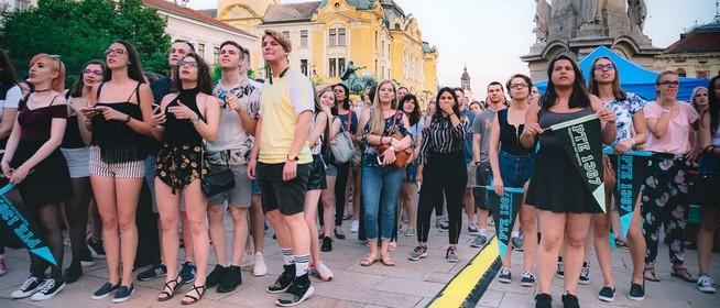 Csütörtökön este minden kiderül a pécsi Pont Ott Partin a Széchenyi téren