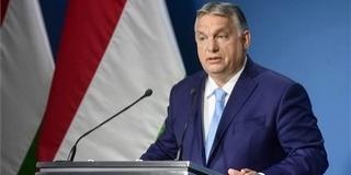 Orbán Viktor a nemzeti konzultáció kitöltésére kér