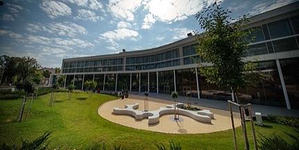 Modern oktatási és kutatási épülettel gazdagodott a Pécsi Tudományegyetem