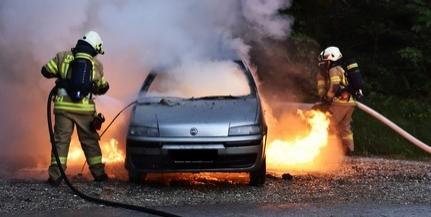 Teljesen kiégett egy autó Szigetváron