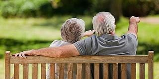Prémiumot és 13. havit is kapnak hamarosan a nyugdíjasok