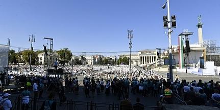 Ezt üzente Ferenc pápa a budapesti szentmisén