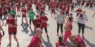 2500 résztvevője volt a pécsi jótékonysági futásnak - Beteg gyerekek kezelésére fordítják a bevételt