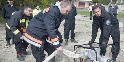 Az árvízi védekezést gyakorolták Dunaszekcsőn