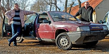 Pécsi ötlet: megalkották az autót, amellyel képtelenség tolatni