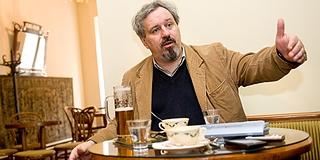 Pécsi Arcok - P. Horváth Tamás: A Dialógus-békecsoporttól a Caflisch cukrászdáig