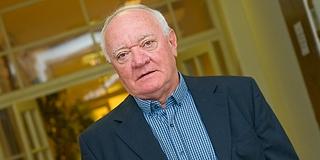 Pécs Arcok - Bércesi Ferenc: Dunaszekcsőtől az UEFA-kupáig, majd a kormányhivatal csúcsáig