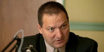 Németh Szilárd rezsibiztos a Zsolnay-negyedben tart fórumot