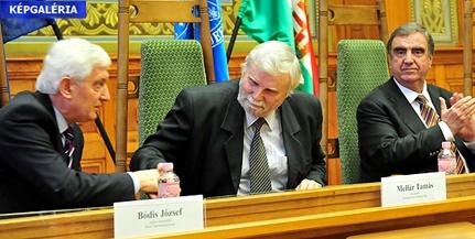 Bódis József lehet továbbra is a PTE rektora, 28 voksot kapott - KÉPGALÉRIA