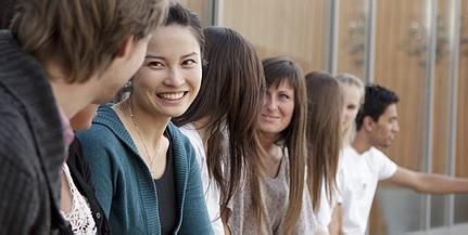Csökken a hallgatók száma a PTE-n, de egyre több külföldi tanul nálunk