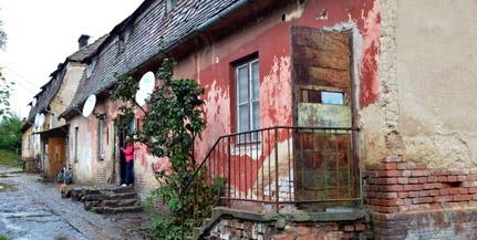 Tanácstalanság Rücker-aknán: költözni kell? Senki nem mond semmit