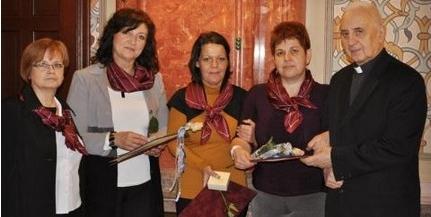 Húsz kitüntetést adtak át a pécsi Magyar Ápolók Napja ünnepségen