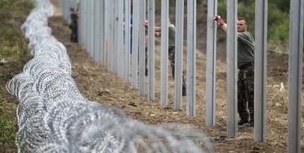 Itt a kapuzárási pánik: özönlenek a migránsok Horvátországból, hamarosan zárul a határ