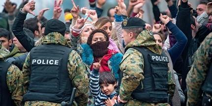 Továbbra is feszült a helyzet a görög-macedón határon