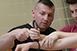 A gyerekeket is megbilincseli a pécsi rendőr, Obendorf Roland, mégis rajonganak érte