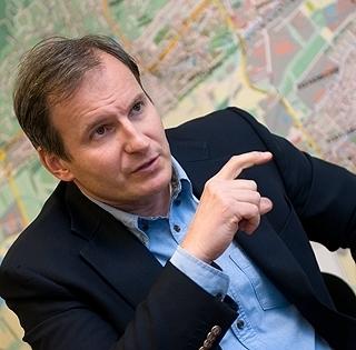 Hónap végével távozik posztjáról Barna Béla, a Pécs Holding Zrt. vezérigazgatója