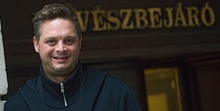 Az egyetemi színház Pécsett felért a színművészetivel, véli Köles Ferenc színész