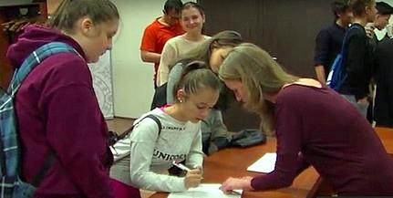 Több mint 300 középiskolás önkénteskedik a 72 óra kompromisszum nélkül akcióban