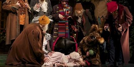 A Pécsi Nemzeti Színházba látogat Hófehérke és törpéi