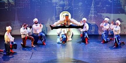 Hatalmas ovációt kaptak a PTE táncosai Kaposváron